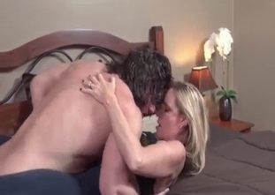 Golden blonde gets her pussy licked by her son